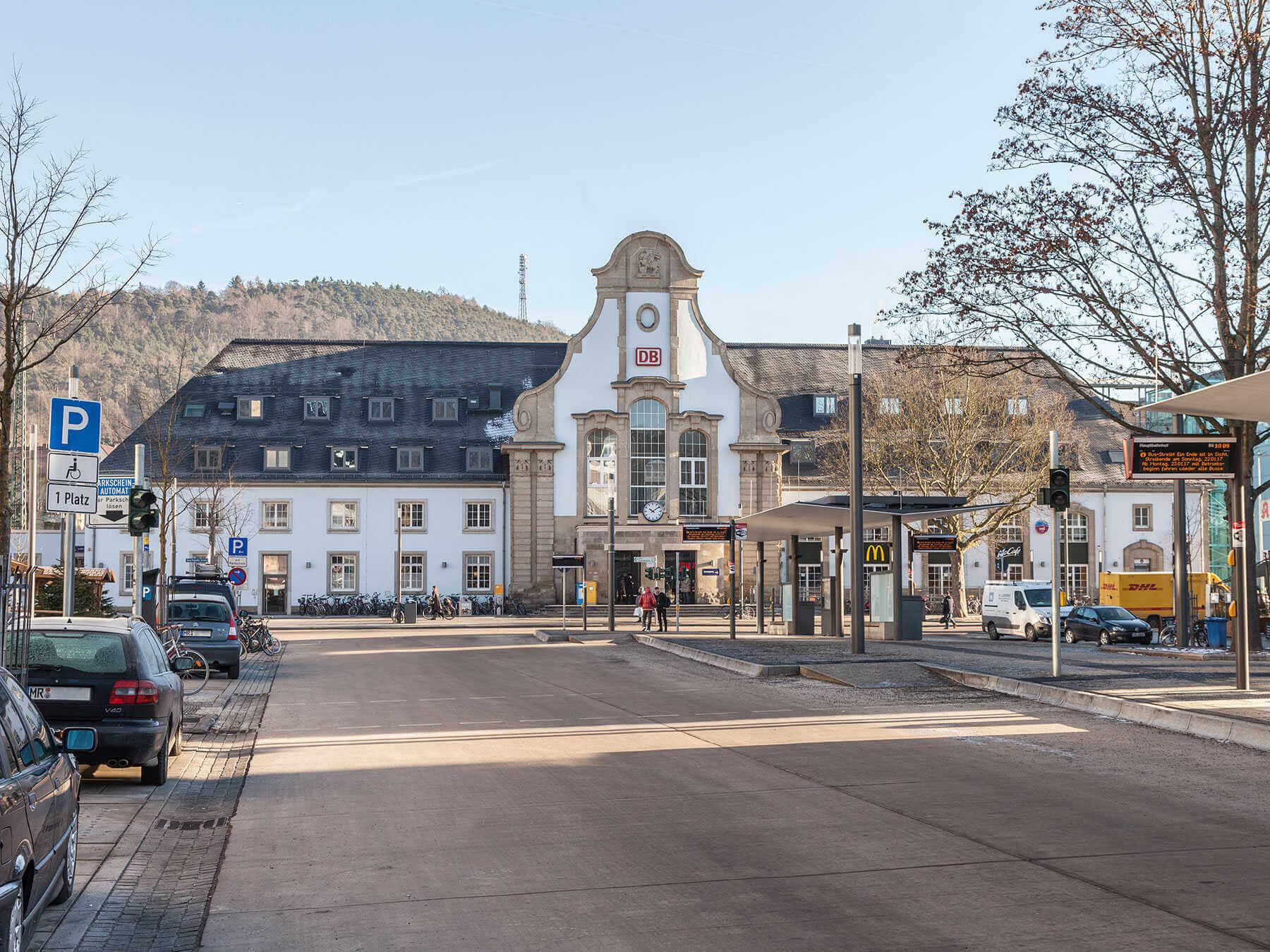 Porcel Nico Coverlam En Proyecto De Rehabilitaci N | Estacion Central Marburg Alemania