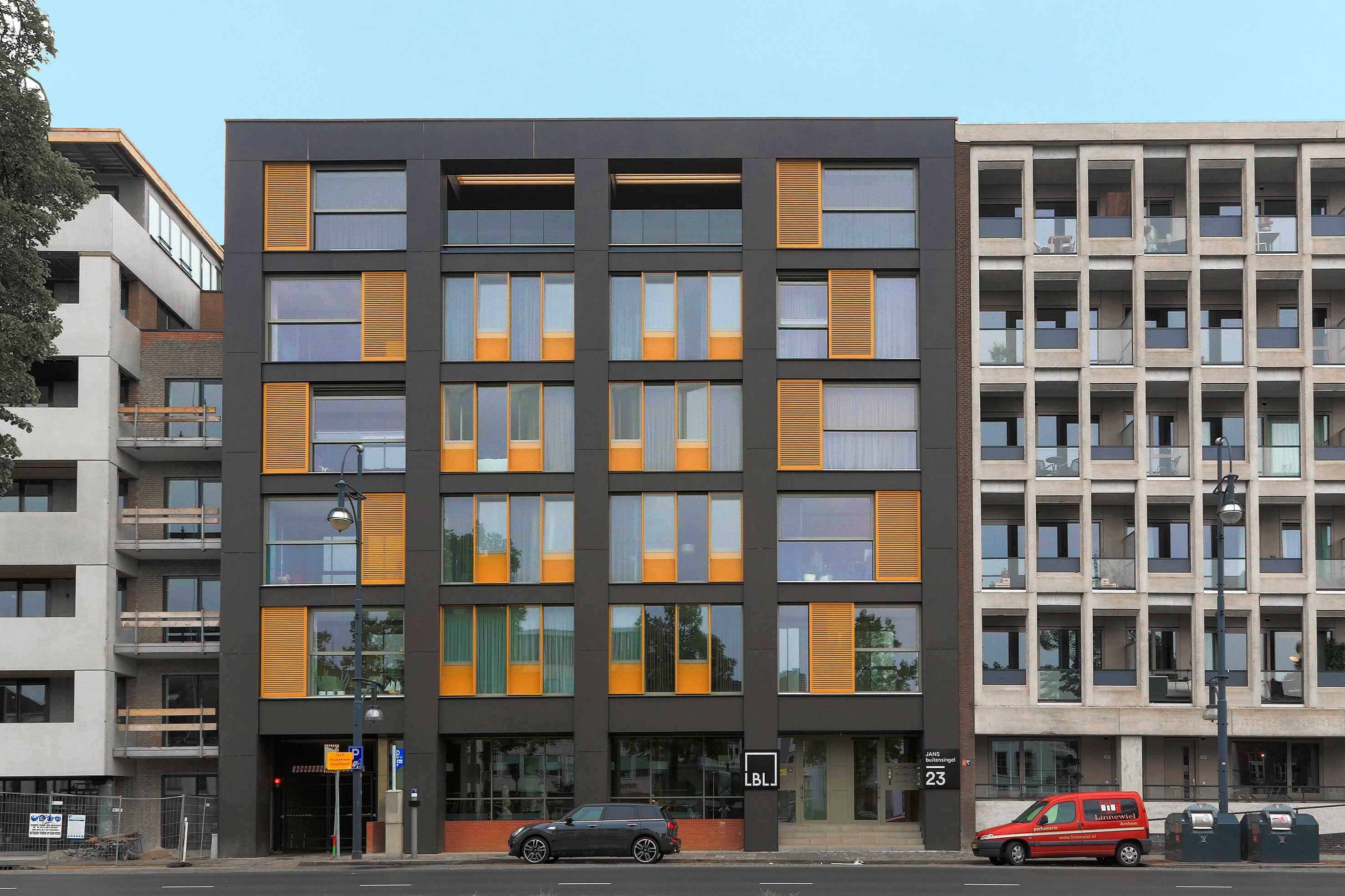 200428 Lbl01 | Edificio De Viviendas, Holanda
