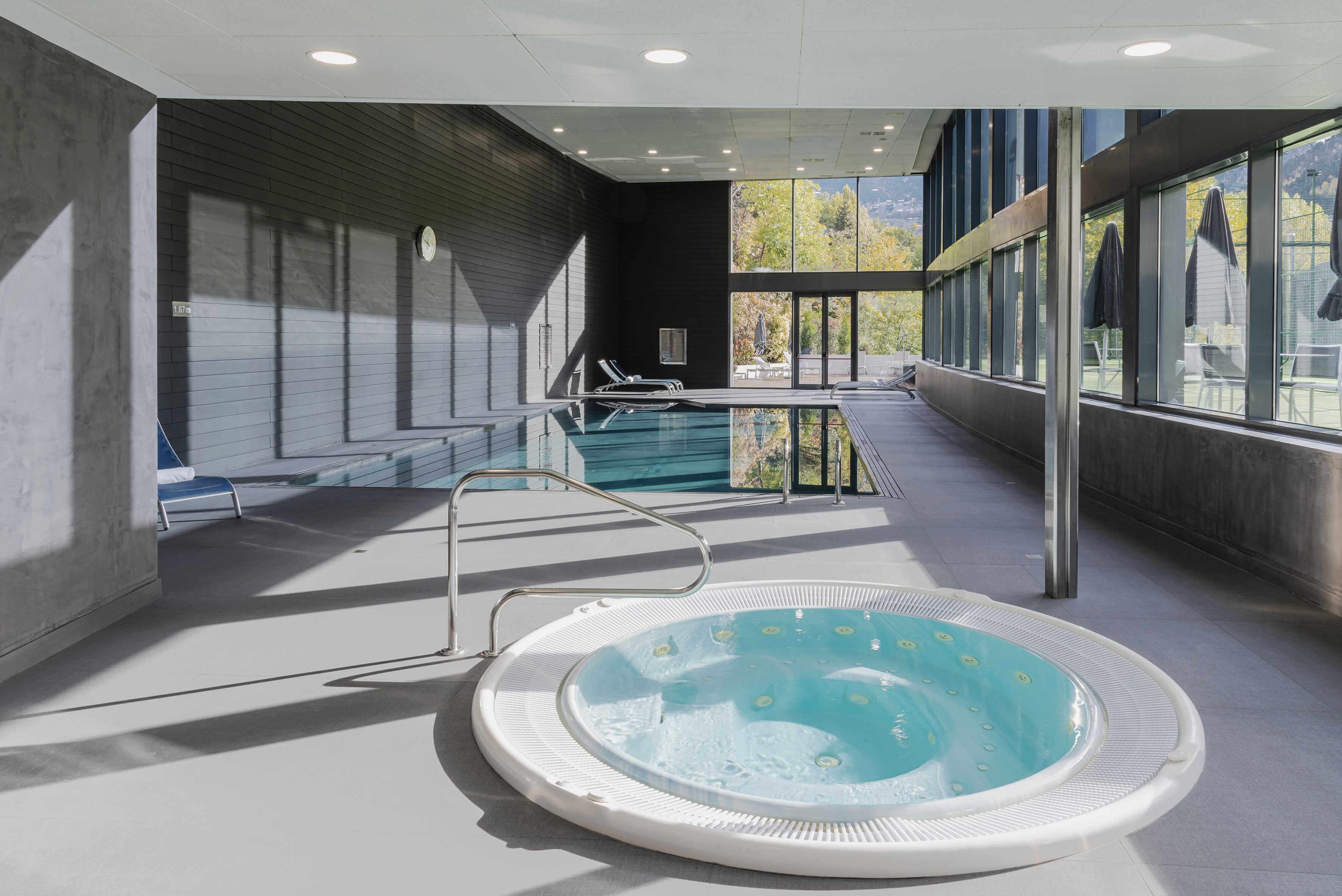 016 Neoart Andorraparkhotel | Hotel Andorra Park Hotel Andorra La Vella, Andorra
